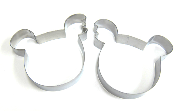 cookie cutters set of 2 600