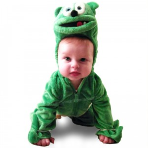 baby costume crawling 800